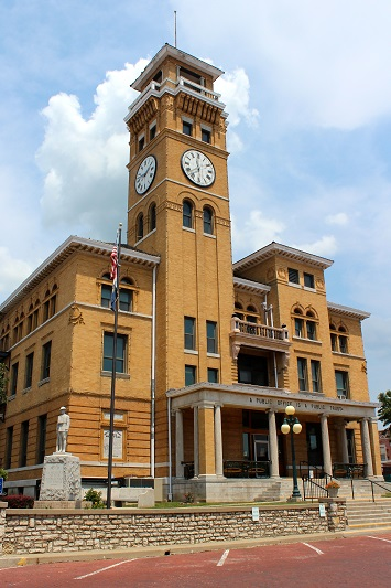 Old Historical Courthouse - Built 1897